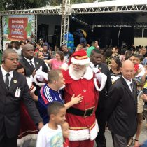 chegada do papai noel santa cruz shopping